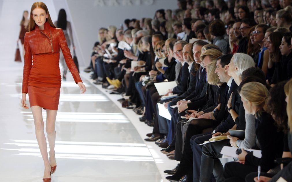 Неделя моды в Париже 12f482616b44e57e0f4939949779b7a9.jpg