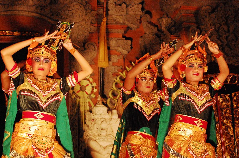 Праздник театра теней Тумпек Ваянг на Бали 1328fc17dcfd9132672ad5455d8310b0.jpg