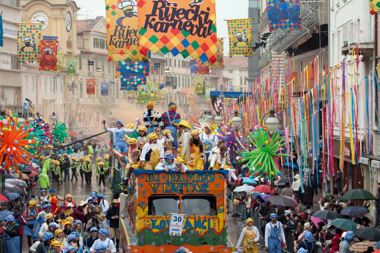 Международный карнавал в Риеке 1335b98505ec50aa30ffa9320097d096.jpg