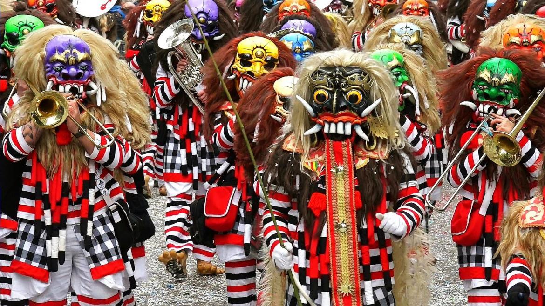 Карнавал «Фаснахт» в Люцерне 138c5f5d0055a916a0f2f4e4df39d42a.jpg