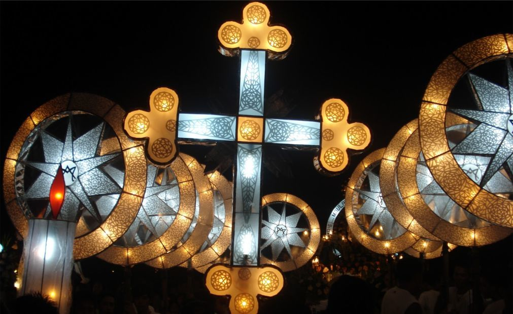 Фестиваль гигантских фонарей в Сан-Фернандо 13f5f1901a573cdbf0541e65ea2591ee.jpg