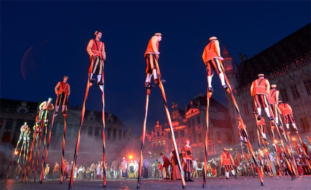 Историческое шествие «Оммеганг» в Брюсселе 146f475f0c99e217a0fca7a682b1d529.jpg