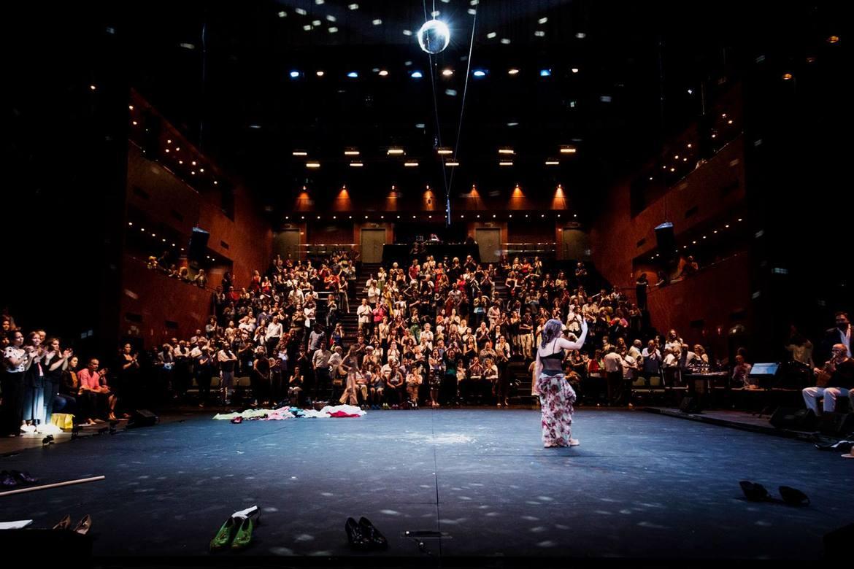 Биеннале фламенко в Севилье 14951f6e2fb4f45537c60d570e4c9f1e.jpg