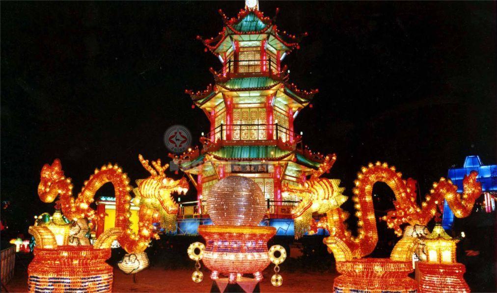 Фестиваль фонарей в Цзыгуне 15bc92bf87a2f87c080376ab324eccae.jpg