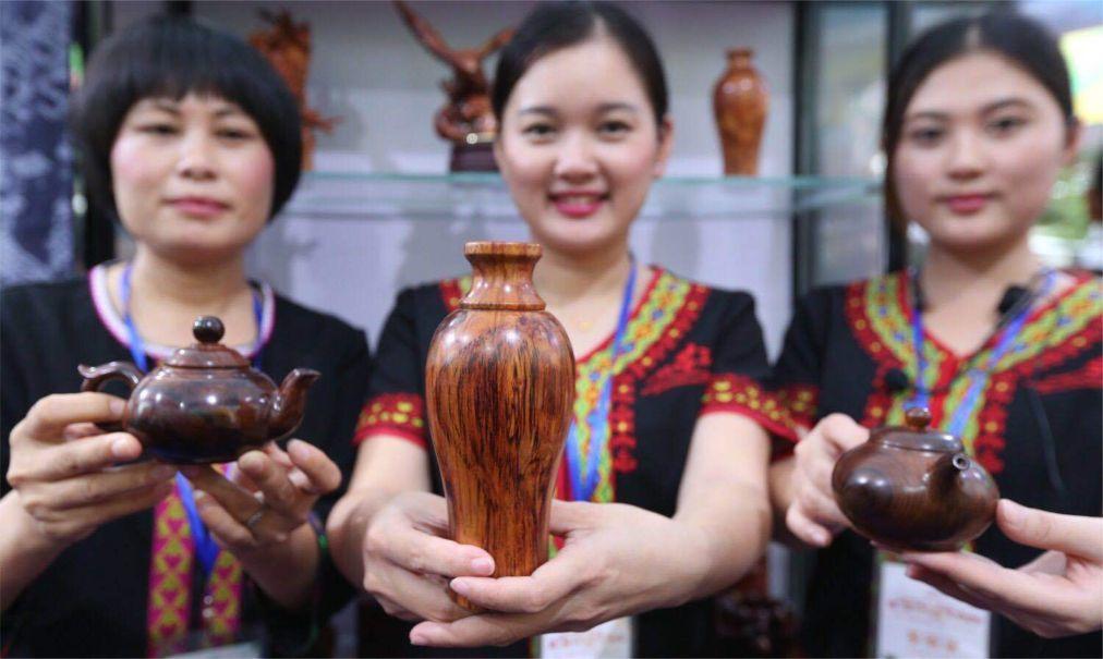 Международный фестиваль кокосов на Хайнане 1685b99a9b1fd4825019c6b2de6e9011.jpg
