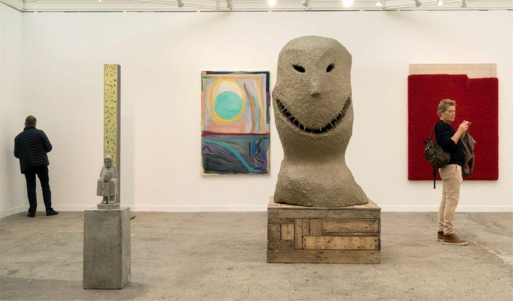 Международная ярмарка современного искусства FIAC в Париже 18e34b00e88d830f92319983a651ef71.jpg