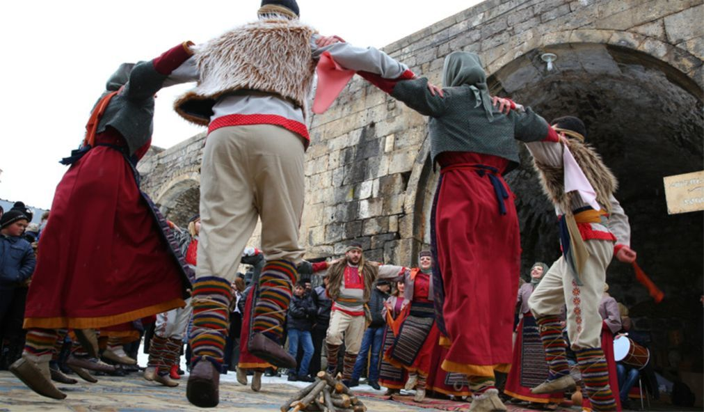 Праздник Терендез в Армении 1d52ba38b5ba0d3980a486475df19bf5.jpg