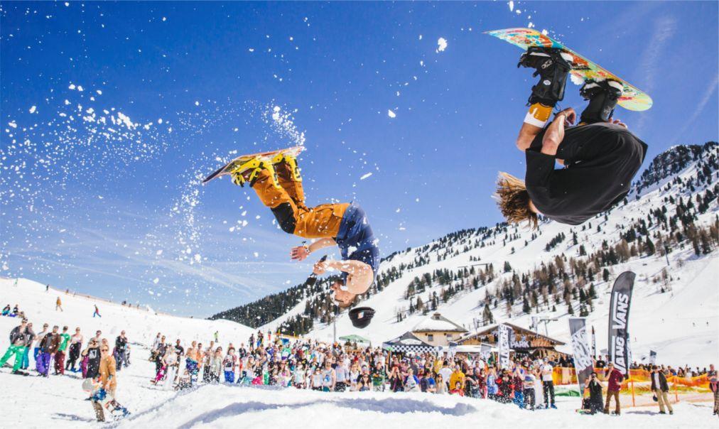 Фестиваль Snowbombing в Майрхофене 1d8707859cdf2c5d6503d716acf4bdb5.jpg