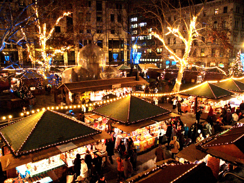 Рождественская ярмарка в Будапеште 1e205a269f4e18df8853d51a5021ea82.jpg