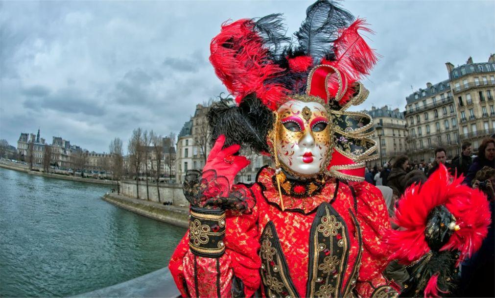 Парижский карнавал 1e4a2e1b9ee60827e5b1d2a6b0994453.jpg