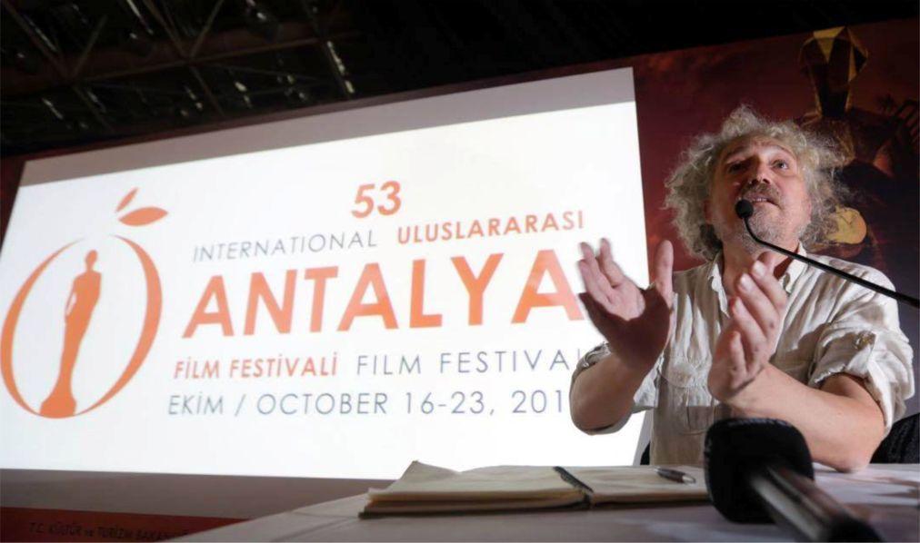 Международный кинофестиваль «Золотой апельсин» в Анталье 1f68d18a11dda2e4279b71d33001775c.jpg