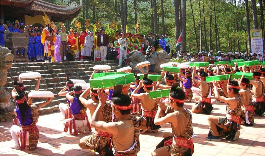 День поминовения королей Хунгов во Вьетнаме 2033adec55185a06e497467fa419fa65.jpg