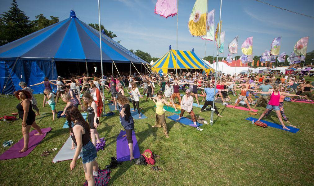 Музыкальный фестиваль Womad в Вильтшире 209a95e046b207b57a662945504a53af.jpg