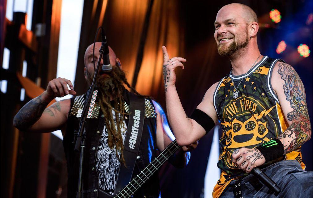 Музыкальный фестиваль Graspop Metal Meeting в Десселе 2475d8cffce5a8c0332dab6795634b79.jpg