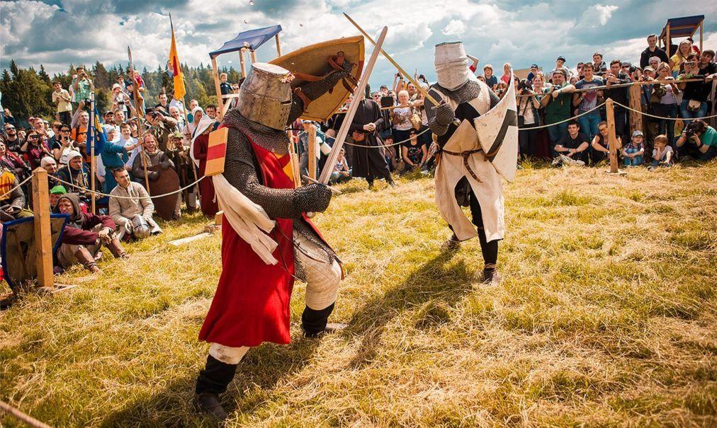 Международный рыцарский фестиваль «Генуэзский шлем» в Судаке 24c6b178ca33aa25a0ff8b7dd4430115.jpg