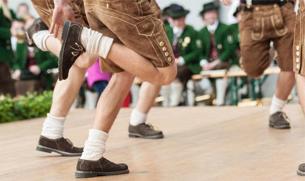 Пивной фестиваль Altausseer Bierzelt в Альтаусзе 25c9b91c690069c7392c874ae009a5cb.jpg