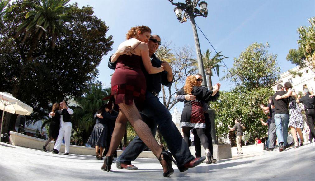 Международный фестиваль «Танго и друзья» в Кадисе 271efca308d185c8e8d41ef9c4f525a3.jpg