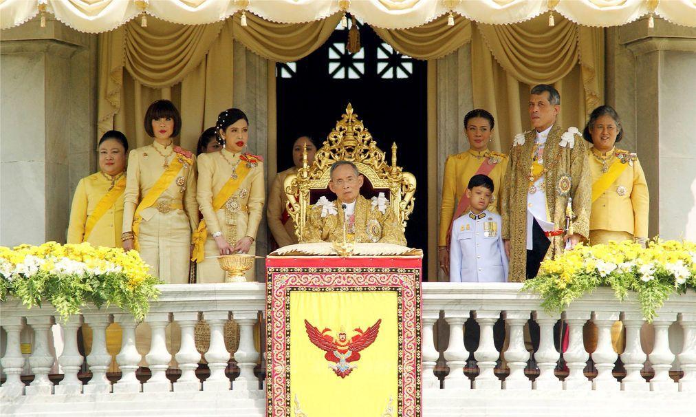 День Конституции в Таиланде 2805620bfb25b700f645b60cec716681.jpg
