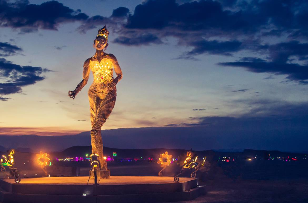 Фестиваль Burning Man в Неваде 2b22ab6b25cdccad2839ec79c512175f.jpg