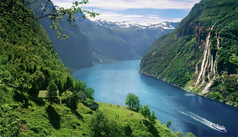 Фестиваль Пера Гюнта в Норвегии 2c084a113c3a2c3375d8aefdec7963af.jpg