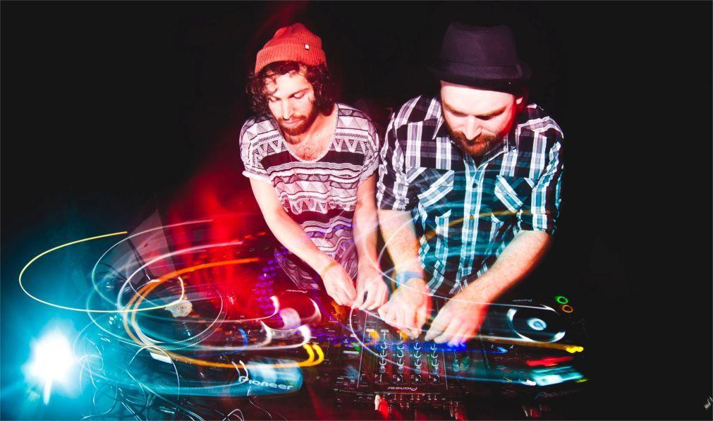 Фестиваль электронной музыки «Rainbow Serpent» в Лекстоне 31293387214eb2310171d11892cb111f.jpg
