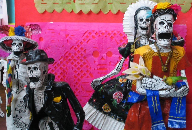 День Мёртвых в Мексике 31cc5a1728fea8d78439c61f261dddcd.jpg
