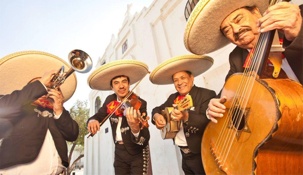 Фестиваль «Синко де Майо» в Мексике 339d68924b0140e58dbf054df11cb817.jpg