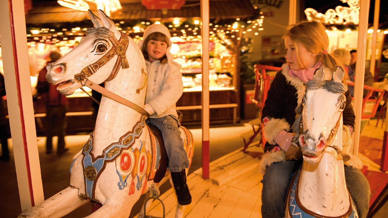 Рождественский рынок Adventmarkt Hall в Тироле 33c0bedf3948cc468df6f0f4f178fea2.jpg