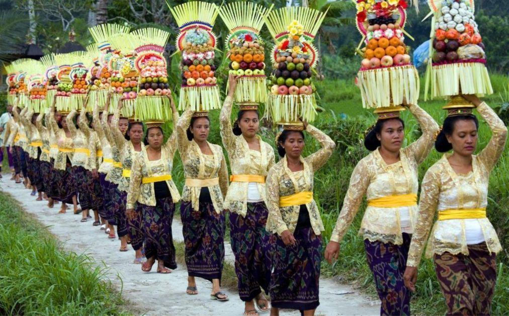 Праздник Сарасвати на Бали 33d76e5d0ee0a3a241c2418bc9c92969.jpg