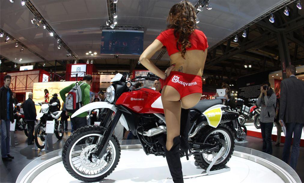 Международная выставка мотоспорта EICMA MOTO в Милане 33ffff515a512b0860b4b06cd9663041.jpg