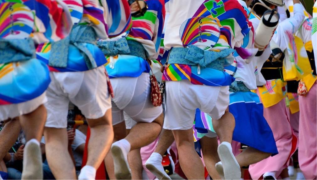 Фестиваль японских танцев «Ава-одори» в Токусиме 38b0055ce21c3901e461a1efbafc1d0e.jpg