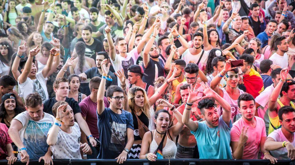 Музыкальный фестиваль Arenal Sound в Бурриане 39fe9fe06ccaeef455b9384e5ab933b0.jpg