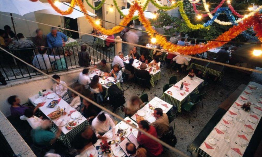 Фестиваль сардин в Лиссабоне 3a8dfa859a16006140c2c9a5210ac80b.jpg