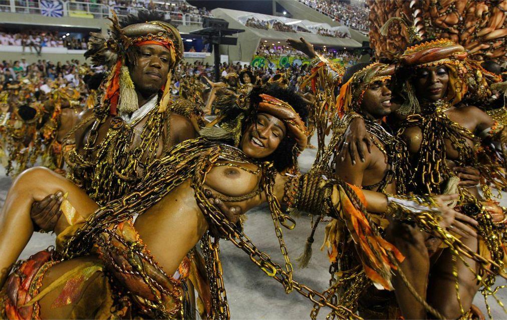 Карнавал в Рио-де-Жанейро 3aabaa3f24bc43f4ee420ca2d48765cb.jpg