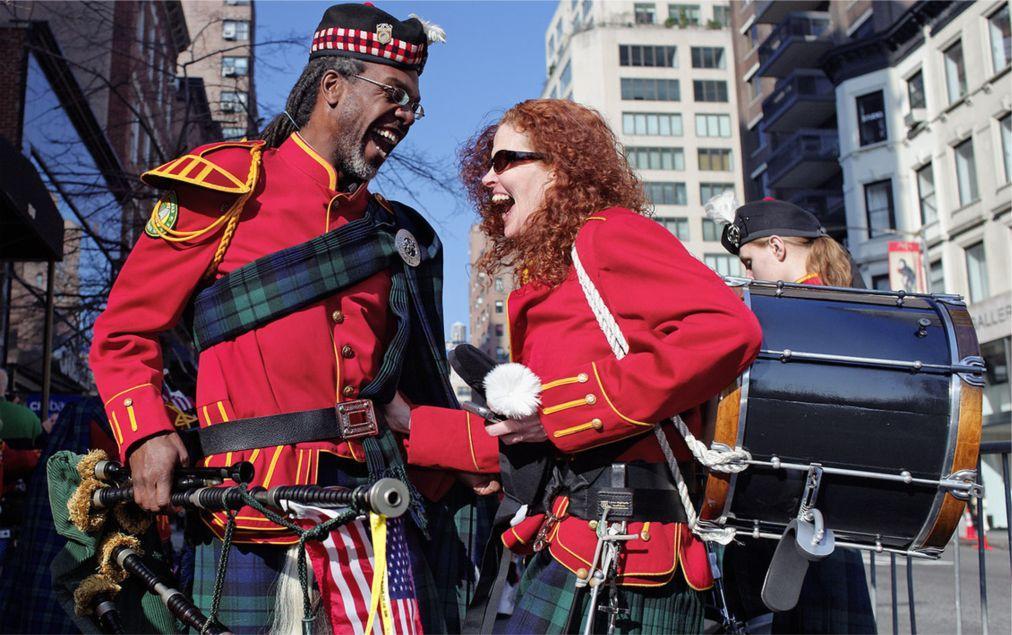 Латиноамериканский парад в Нью-Йорке 3cd3b74c0b8954d843b27149ccefb29f.jpg