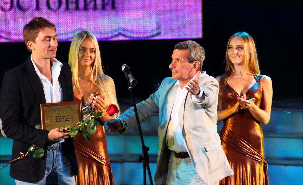 Открытый фестиваль кино стран СНГ, Латвии, Литвы и Эстонии «Киношок» в Анапе 3e1025ac63b8588c0b0342ecce1da11d.jpg