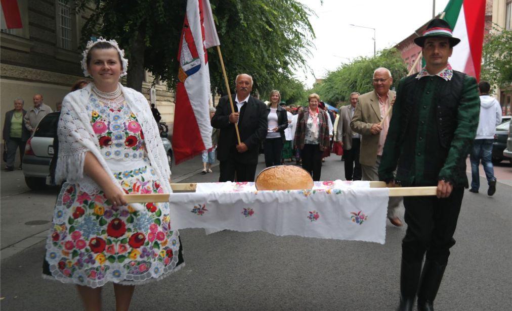 День Святого Иштвана в Будапеште 3f262cf8ab4f946103e62d1eb3c7dc03.jpg