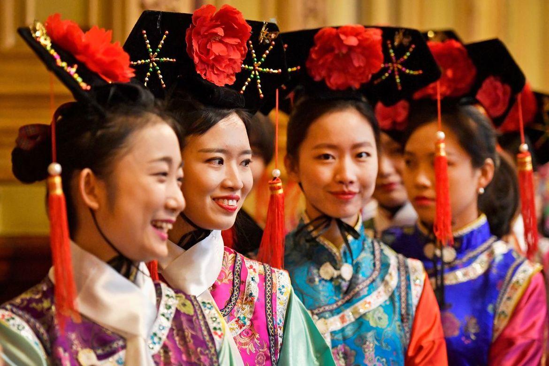 Китайский Новый год в Гонконге 3f60632b8a81b554f91d614a05526992.jpg