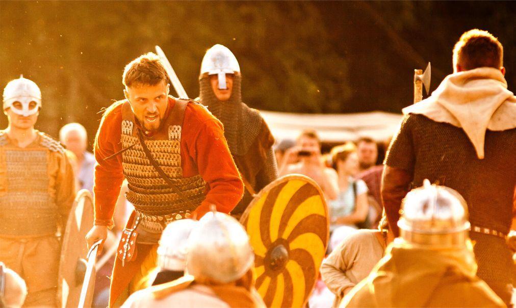 Исторический фестиваль «Битва тысячи мечей» в Москве 412b39a756f6dcbde54d7a6780d2625f.jpg