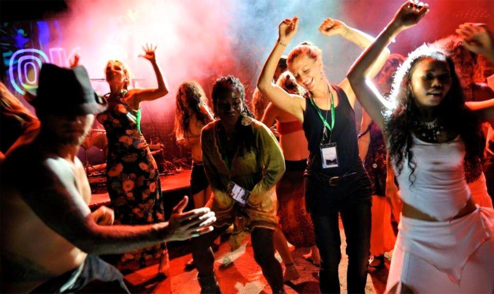 Международный фестиваль BaliSpirit в Убуде 429ccc3b9fb6c2143d20aeca23a9a85d.jpg
