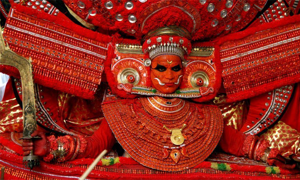 Фестиваль Тейям в Керале 45fbf0d48cd83faaa13ea6a0d4ac0321.jpg