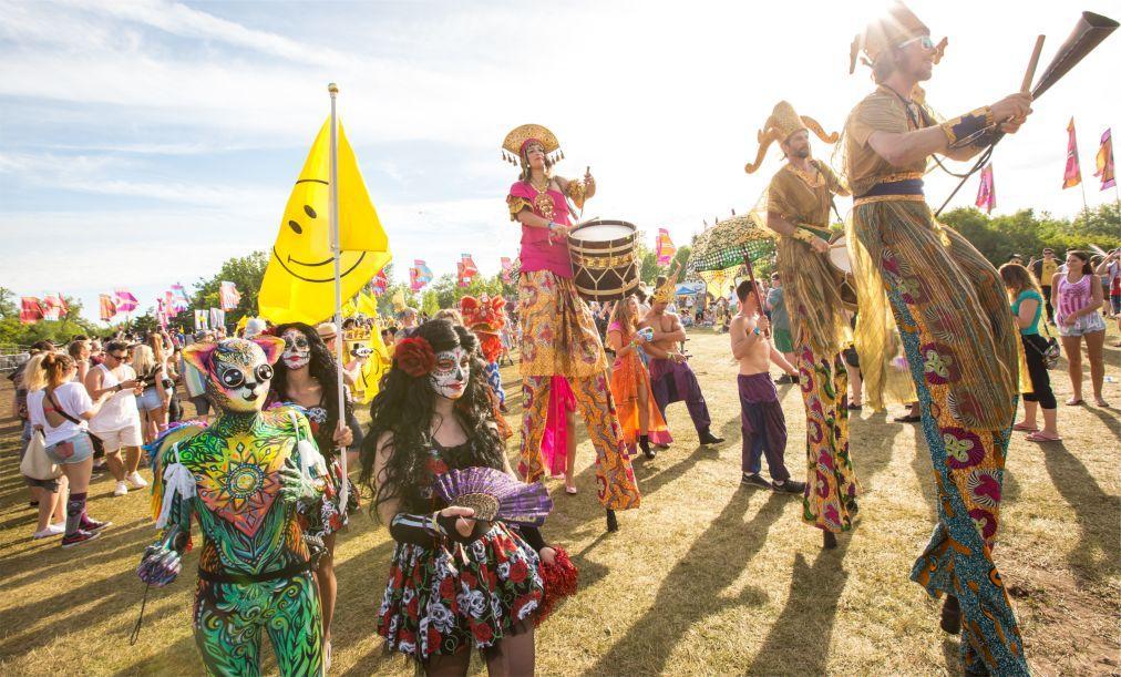 Музыкальный фестиваль Bestival на острове Уайт 48b0d4cfafaf28037d3085b31339b275.jpg