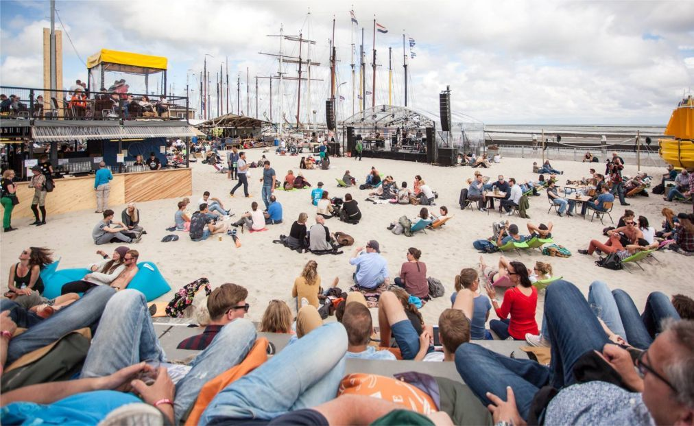 Культурный фестиваль Oerol на Терсхеллинге 48efe9e2a2bb47bf1471f6b31e5093f2.jpg