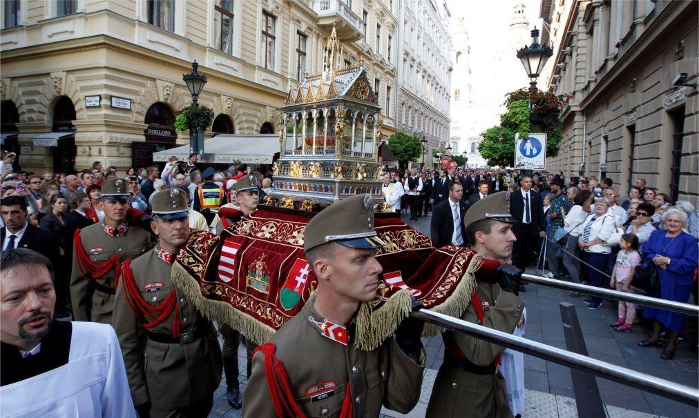 День Святого Иштвана в Будапеште 497061171279130f65bb04c157f10433.jpg