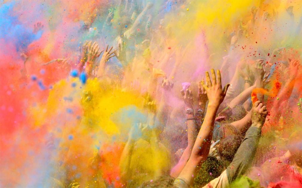 Фестиваль красок Холи в Лиссабоне 4c02d93fbb8ef8428d91738fd46ae124.jpg