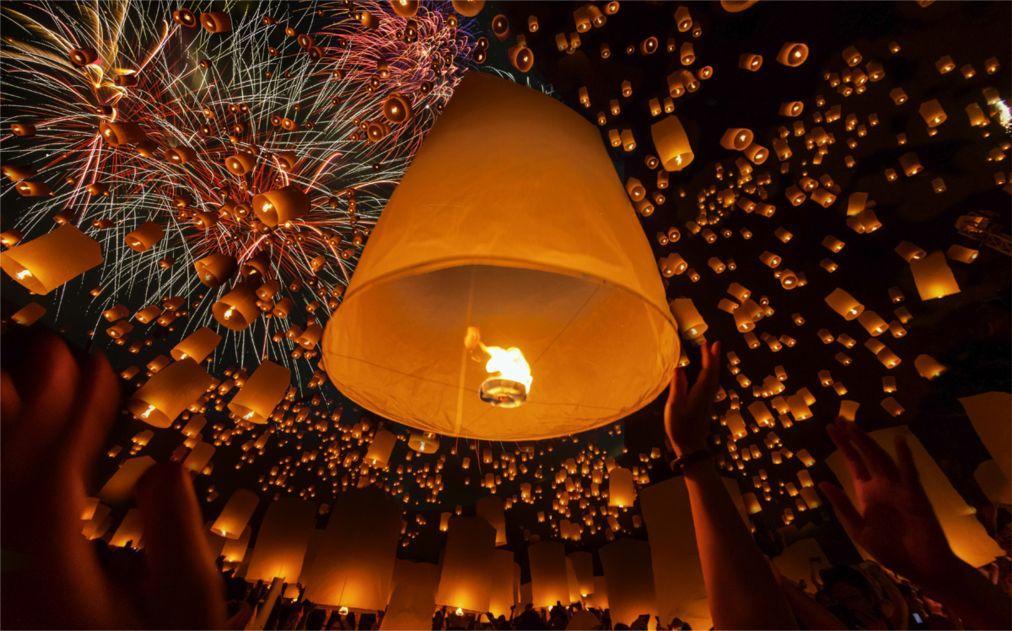 Фестиваль небесных фонариков Йи Пенг в Таиланде 4c717408ff9aadf875355eccd813174c.jpg