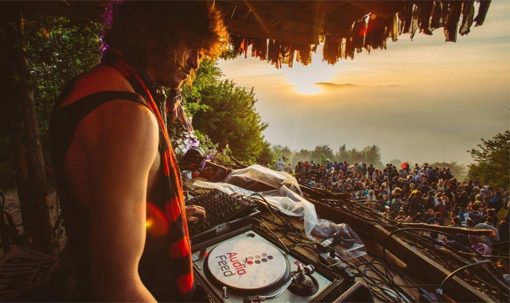 Фестиваль Meadows in the Mountains в Полковник-Серафимово 4dd8c4990d634415bbdd83ee8542ecdf.jpg