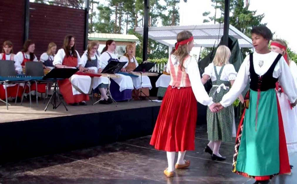 День Калевалы в Финляндии 4ff181b7e57d544b36581bdebd8d7032.jpg