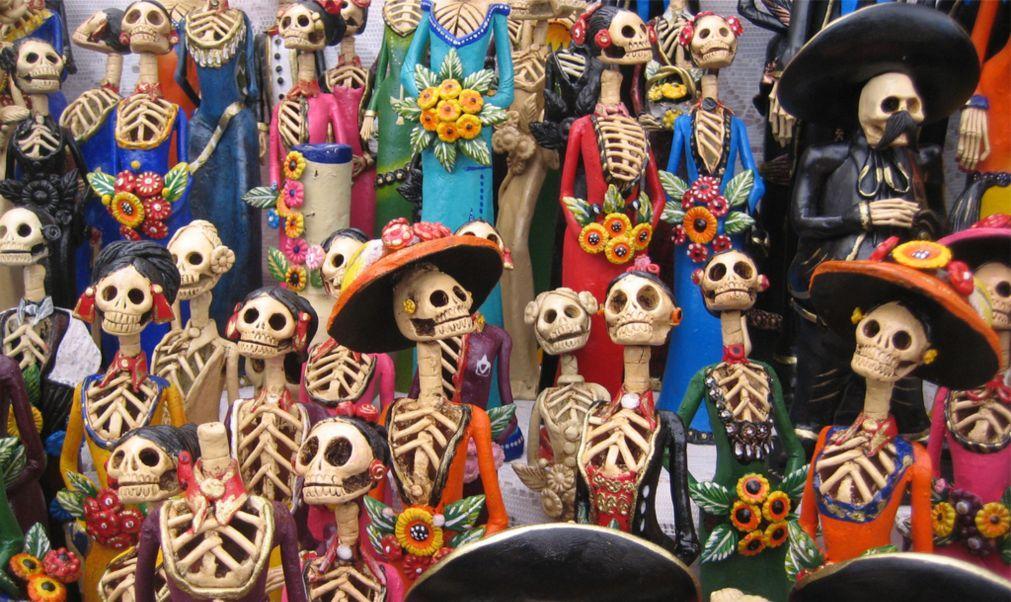 День Мёртвых в Мексике 500bec2f4290ae104d8af79a968dbcf0.jpg