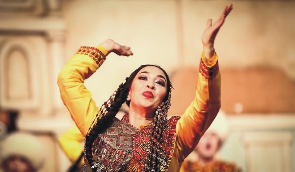 Международный конкурс народных танцев «Золотой Карагоз» в Бурсе 52c2c89e7686c5d02e6223a716fca5ab.jpg